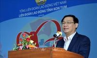 Vietnam procura garantizar bienestar de los trabajadores en el Año Nuevo Lunar