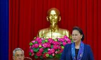 Líder parlamentaria de Vietnam trabaja en Kon Tum