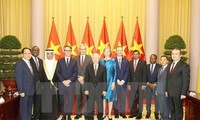 Máximo dirigente de Vietnam recibe cartas credenciales de nuevos embajadores extranjeros
