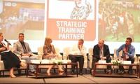 Vietnam y Australia comparten experiencias en educación profesional