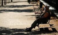 España reconfina a municipios en Galicia por un rebrote de coronavirus