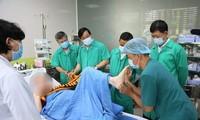 Dan de alta a paciente más grave del covid-19 en Vietnam