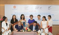 Vietnam y Nueva Zelanda consolidan cooperación en educación y agricultura