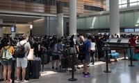Continúan llevando de regreso a casa a ciudadanos vietnamitas varados en Europa, Sudamérica y África