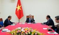 Premieres de Vietnam y Tailandia dialogan sobre la cooperación bilateral
