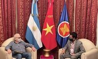 Promueven las relaciones partidistas y la asociación integral entre Vietnam y Argentina