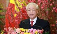 Dirigentes y amigos mundiales siguen felicitando al líder político vietnamita