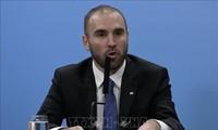 Ministro de Economía de Argentina inicia gira por Europa para renegociar deudas