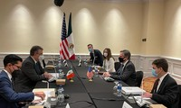 Cancilleres de México y Estados Unidos debaten las causas estructurales de la crisis migratoria