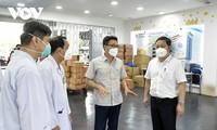 El viceprimer ministro vietnamita insta a Ciudad Ho Chi Minh a centrarse en tratar a pacientes graves con covid-19