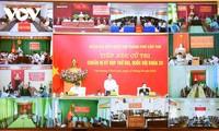 Primer ministro vietnamita se reúne con los votantes de Can Tho