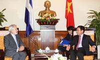 Vietnam y Nicaragua afianzan cooperación por beneficios mutuos