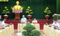 Dirigente partidista vietnamita trabaja en Dong Thap