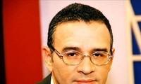 El Salvador interesado en incrementar cooperación con Vietnam