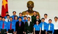Jóvenes vietnamitas potencian su papel en el desarrollo nacional