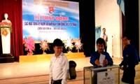 Construyen modelos de joven idealista en nueva etapa en Vietnam