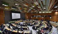 UN Summit on Refugees and Migrants adopts New York Declaration