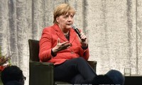 France, Germany vow to push up EU integration