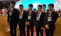 Vietnam wins 4 gold, 1 silver medal at International Physics Olympiad 2017