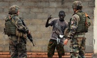 France, West Africa to unite forces in fight against Islamist militants