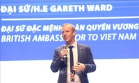 UK diplomats advise UK citizens in Vietnam to comply with COVID-19 countermeasures