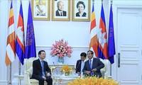 캄보디아 총리, 국가통신망 안전감시센터 설립에 베트남 지지 기대