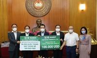 한국 기업, 베트남의 코로나19 방역에 100,000 달러 지원