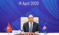 ASEAN 2020: 국제 지도자와 기구들, 코로나19에 대한 아세안과 아세안 +3 특별정상회의 개최에  대한 베트남의 역할을 높이 평가