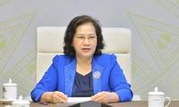 응우옌 티 낌 응언 국회의장, 라오스 파니 야토투 국회의장과 통화