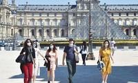 유럽 유명 박물관들, 재개관