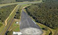 빈패스트 무역경영서비스, 호주 빅토리아주 랑랑 차량 테스트센터 구매 합의서에 서명
