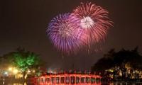 하노이, 2021년 신년 맞이불꽃놀이 3 개소에서 진행