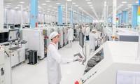 'Made in Vietnam' 핸드폰 2개월 동안 매출 약 100억 달러 달성
