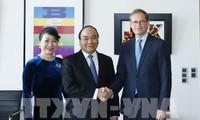 Nguyen Xuan Phuc rencontre le bourgmestre-gouverneur de Berlin