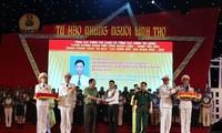 Honorer les membres des syndicats exemplaires dans les forces armées