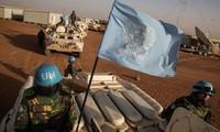 Mali: au moins 3 Casques bleus tués dans une attaque contre un convoi