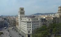 Le parlement catalan se soumet à la décision de Madrid sur sa dissolution