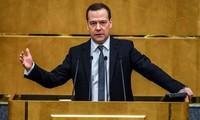Poutine propose à nouveau Medvedev comme Premier ministre