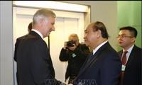 Nguyên Xuân Phuc rencontre le roi des Belges et des dirigeants de grandes multinationales