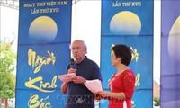 Journée de la poésie: promouvoir la littérature vietnamienne à l'étranger