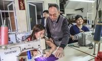 Le Vietnam ratifie la Convention C159 de l'OIT