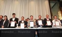 Législatives en Thaïlande: une coalition de partis d'opposition prête à former un gouvernement