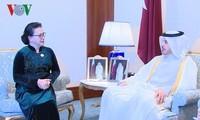 Nguyên Thi Kim Ngân rencontre le Premier ministre du Qatar