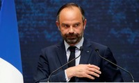 """Grand débat en France: Édouard Philippe veut baisser les impôts """"plus vite"""""""