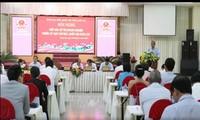 Truong Hoa Binh à l'écoute des électeurs de Long An