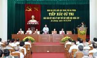 Le Premier ministre rencontre ses électeurs à Hai Phong