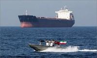 Pétrolier saisi par l'Iran: Londres dit souhaiter un «apaisement» des tensions