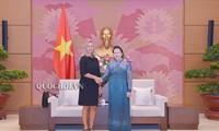 Rencontre entre Nguyên Thi Kim Ngân et la vice-présidente de la CE