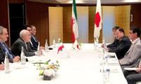 Le ministre iranien des Affaires étrangères rencontre son homologue japonais