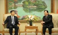 Trinh Dinh Dung rencontre le vice-gouverneur du Guangdong